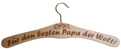 Kleiderbügel aus Holz - für den besten Papa der Welt